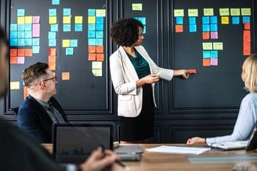 Marketing interno frente a marketing de agencia